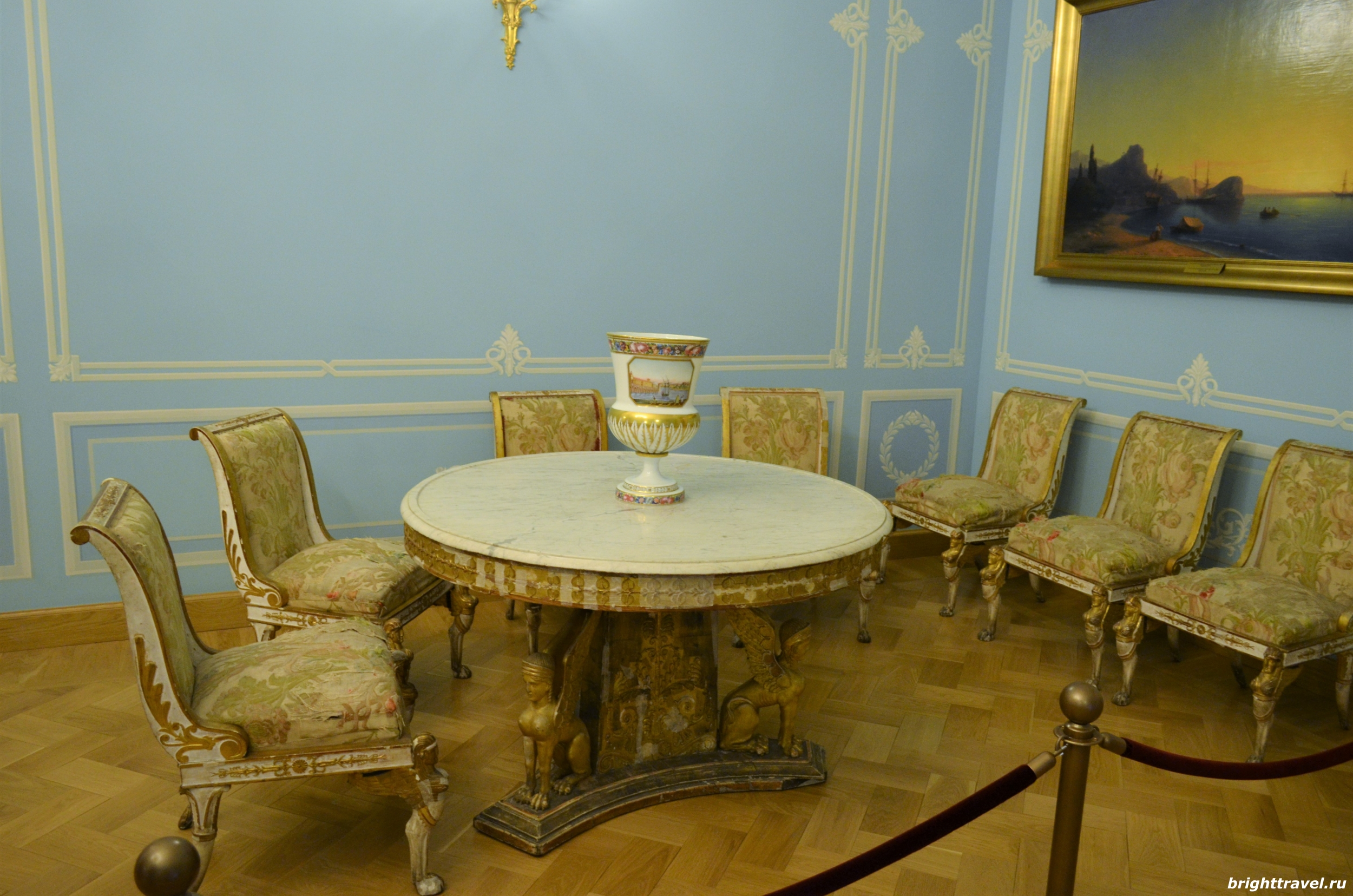 Фото голубой гостиной Императорского дворца Твери