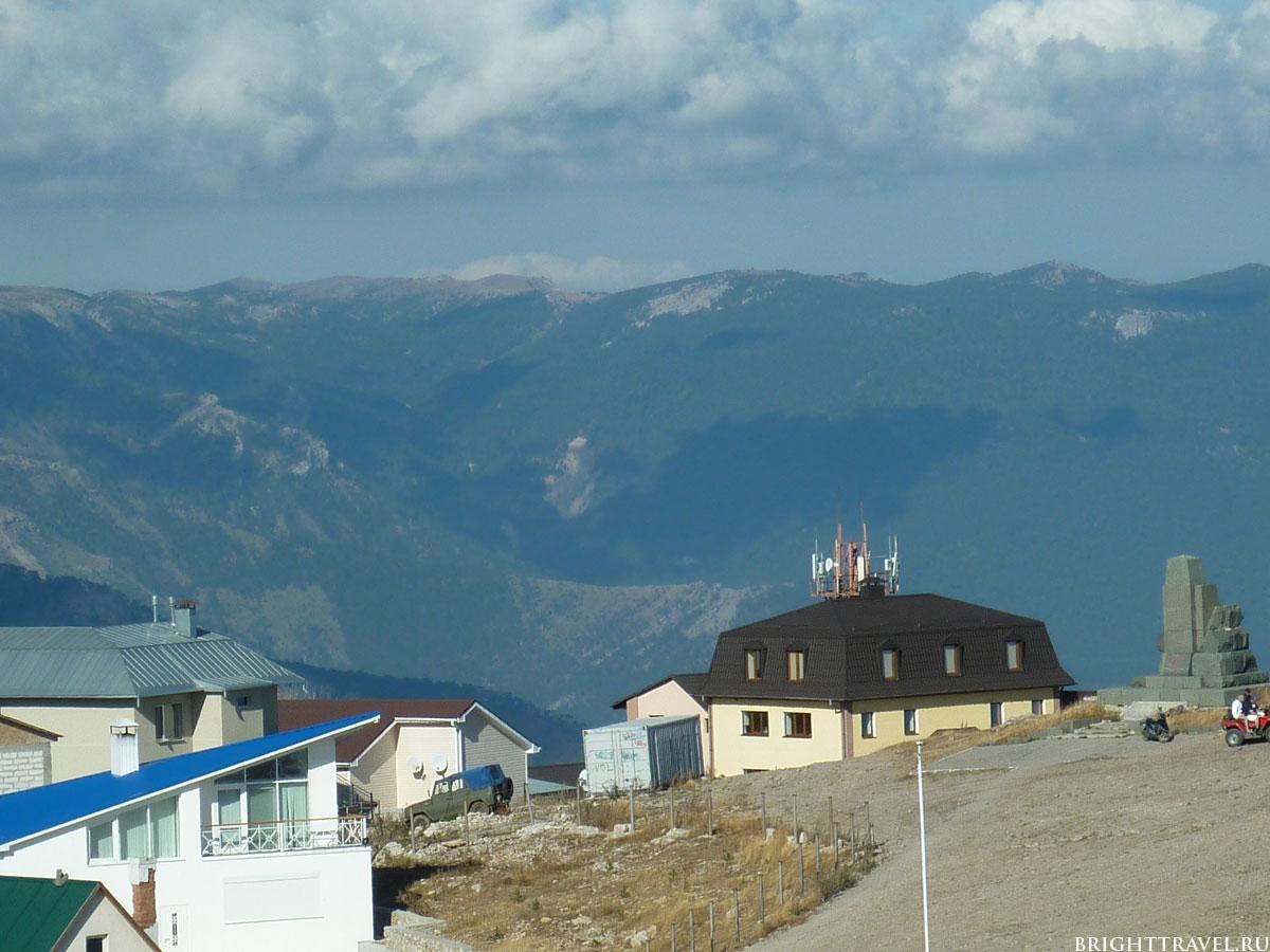 Поселок Охотничье на Ай-Петри