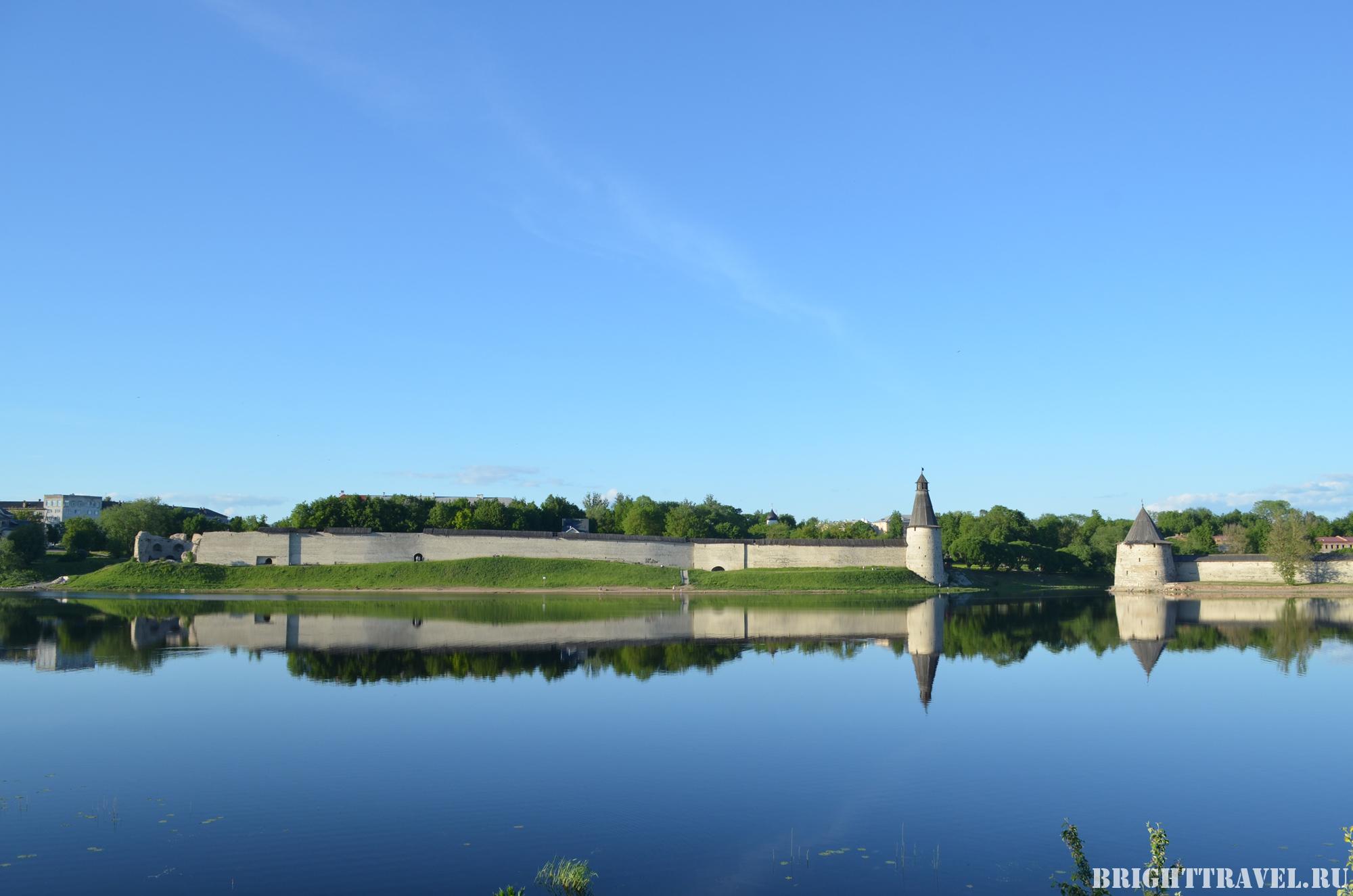 Красивое фото башен Пскова
