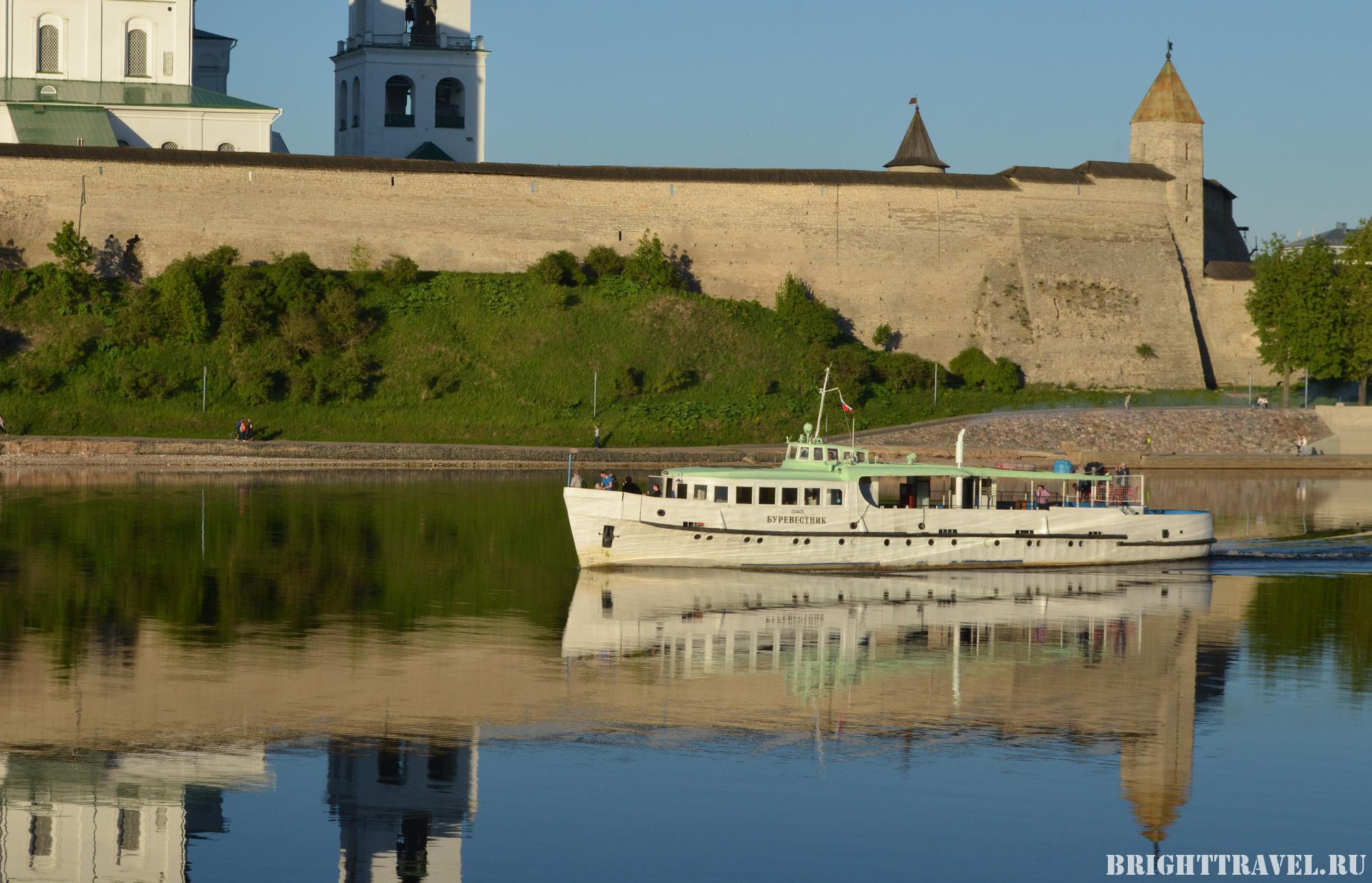 Корабль Буревестник Псков